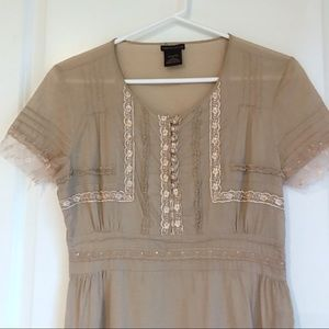 Romantic Victorian vibes lace top